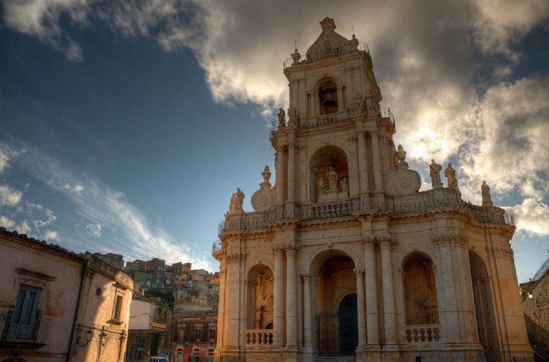 Basilica San Paolo a Palazzolo per il tour degli yallers