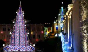 Le luminarie di San Paolo, che si possono vedere per il concorso scatta una foto de il Natale