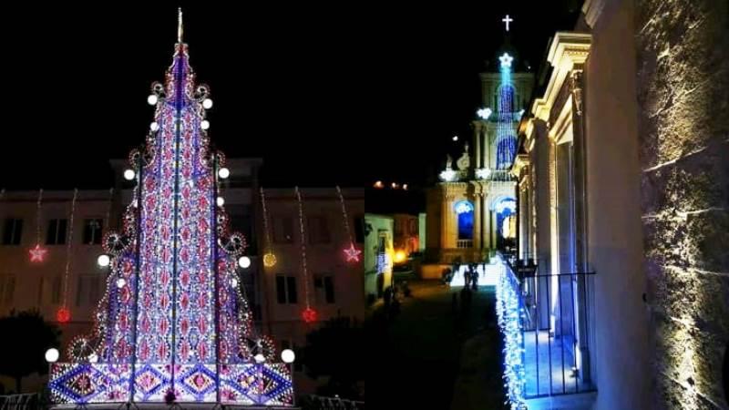 Le luminarie di San Paolo, che si possono vedere per il concorso scatta una foto