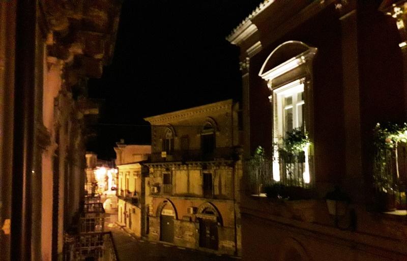 Piazza Pretura senza luci nel piano anticrisi
