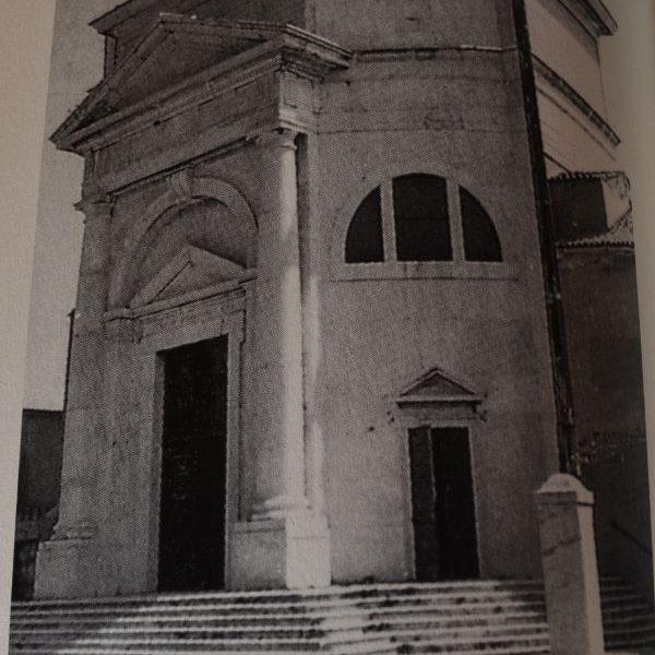 romanzo autobiografico: Tempio della Madonna dell'Apparizione a Pellestrina