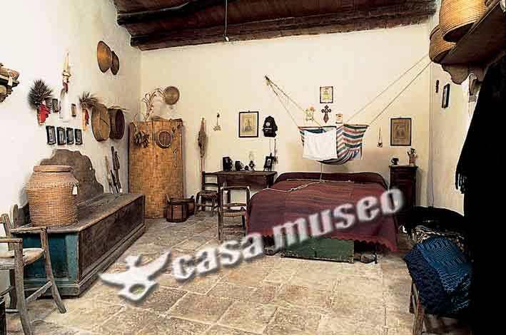 Nelle stanze dove si dormiva le cunculine venivano sistemate anche dentro il letto