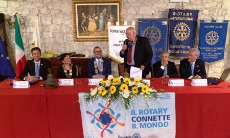 Tra le iniziative solidali quella del Rotary club Palazzolo Acreide Valle dell'Anapo