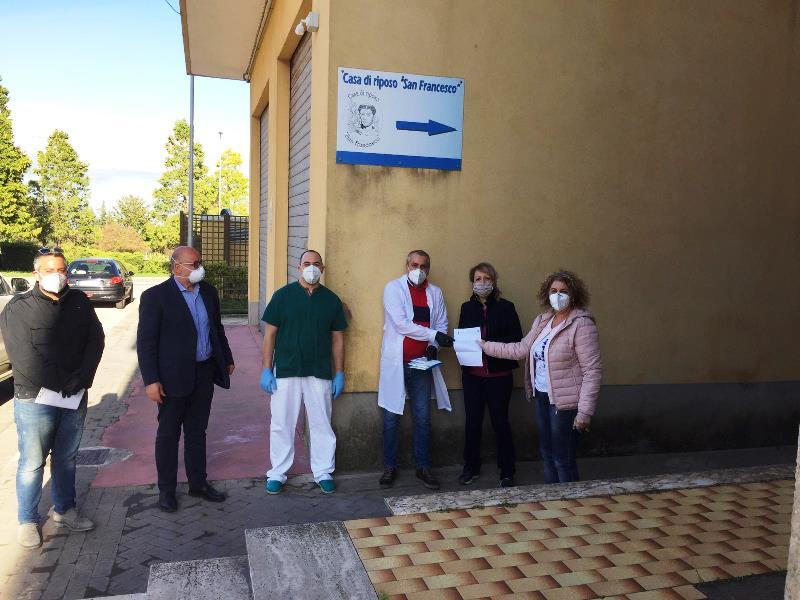 I gesti solidali, la Fidapa alla struttura anziani di Palazzolo