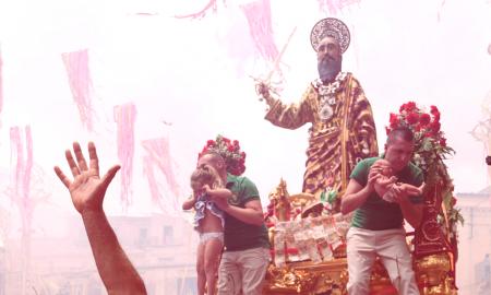 Tra le mani il santo l'iniziativa dedicata a San Paolo