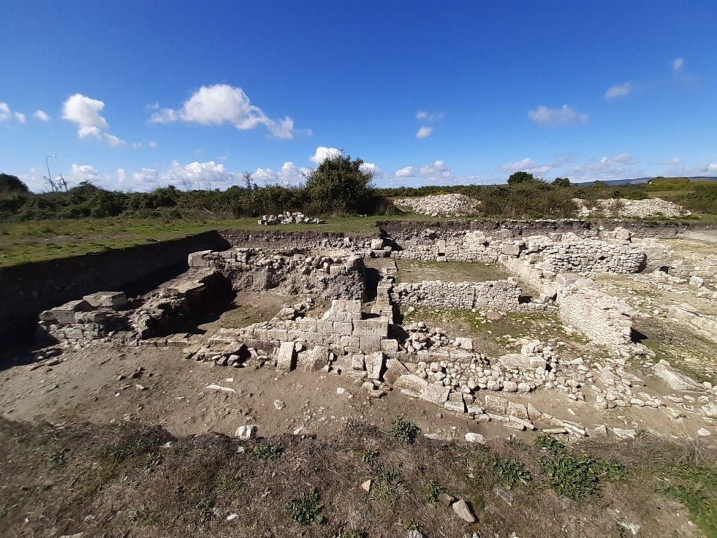 Una casa romana: i resti della domus ad AkraiAkrai