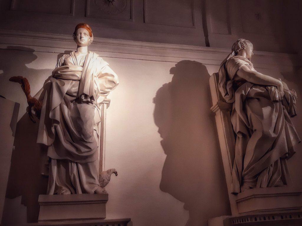 Bianco Serpotta: allegoria di Vittoria e Purezza - Oratorio dei Bianchi (1703/4 ca)