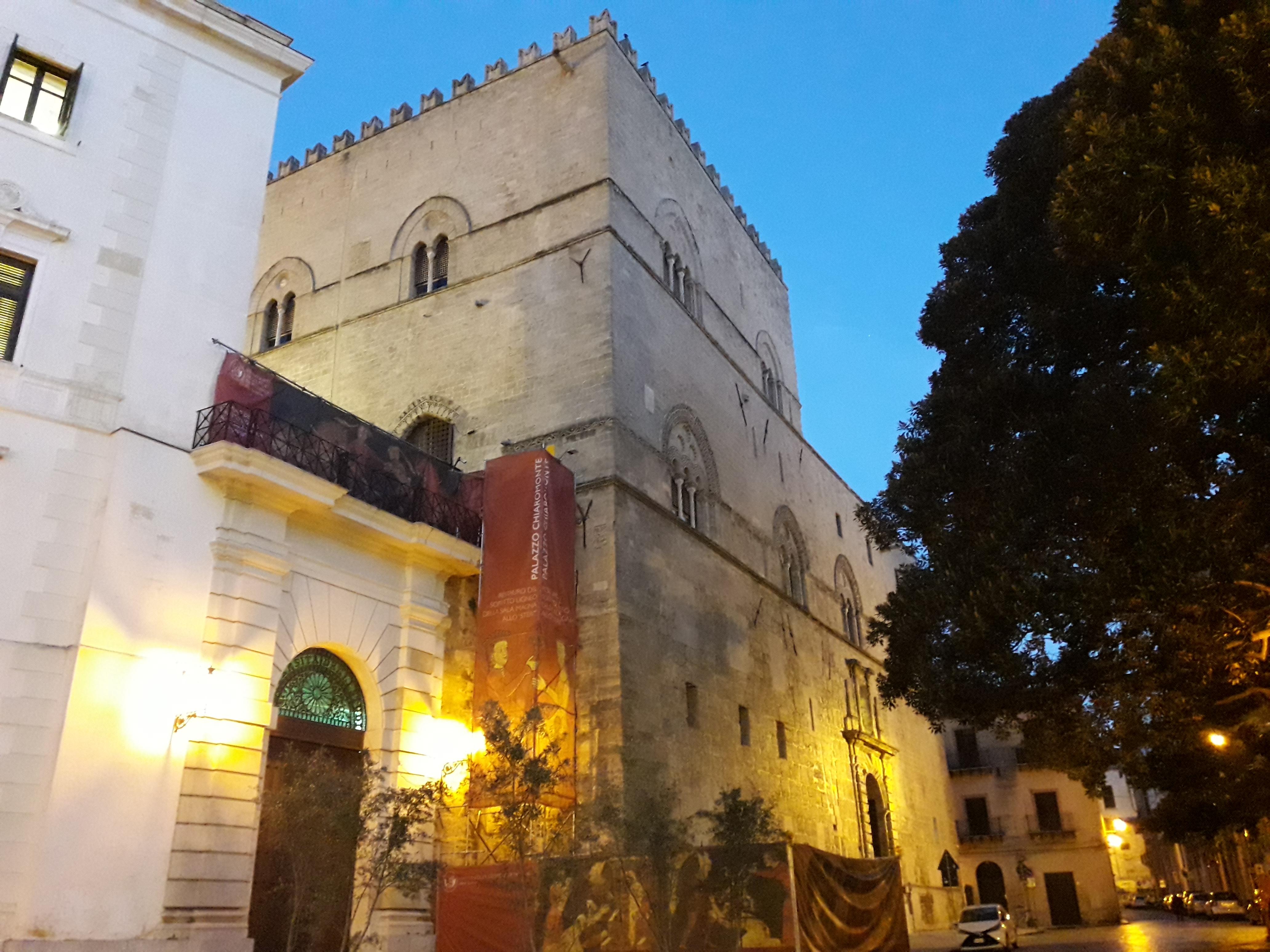 Palazzo Chiaramonte-Steri al tramonto