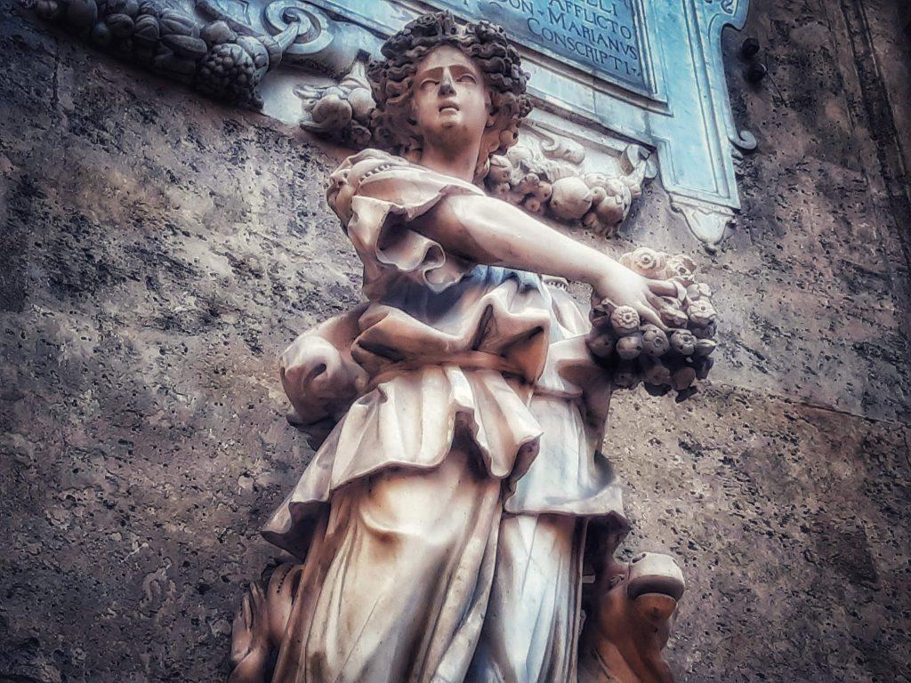 Arrivo della primavera: statua di Cerere ai quattro canti