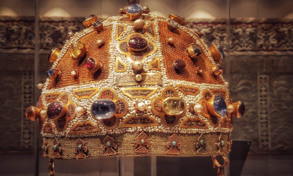 Tesori della Cattedrale: dettaglio sulla Corona di Costanza