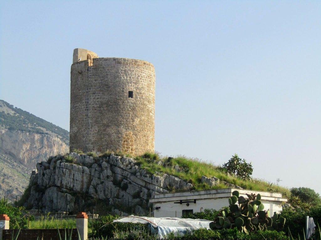 torri costiere: torre in terra di Isola delle Femmine