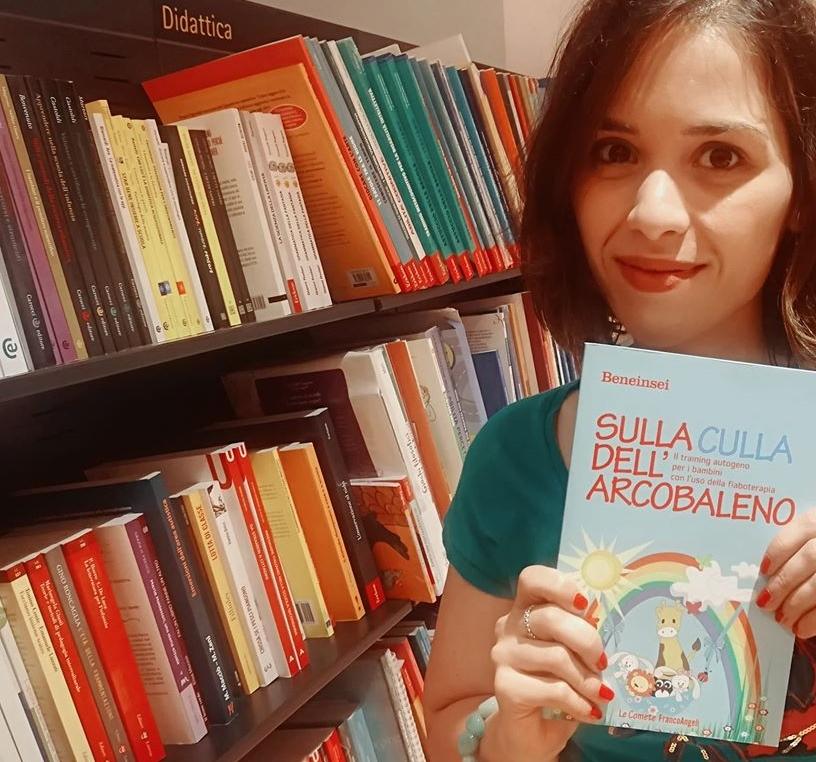 Valentina Col Libro