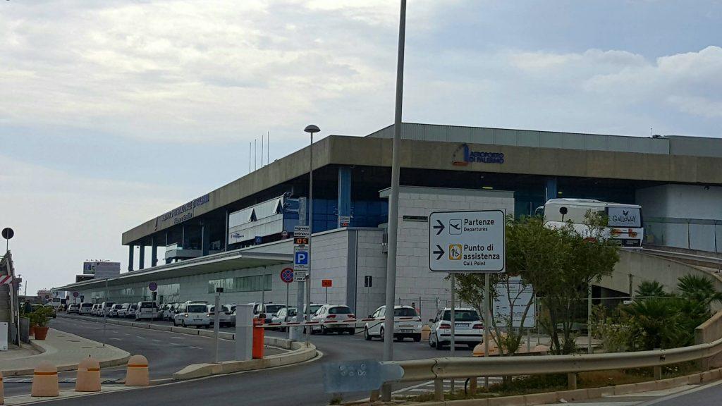 Aeroporto Di Palermo Punta Raisi Ingresso