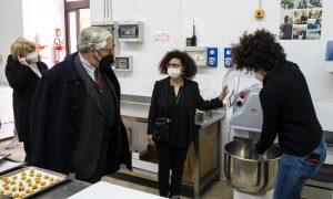 """Donazione attrezzature a """"Cotti in Fragranza"""""""