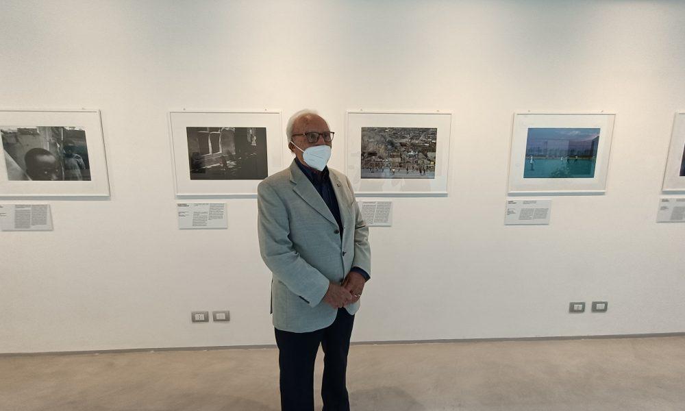 """Presidente della Fondazione Barbaro alla mostra """"Football No Limits"""" da Griffiths a McCurry"""