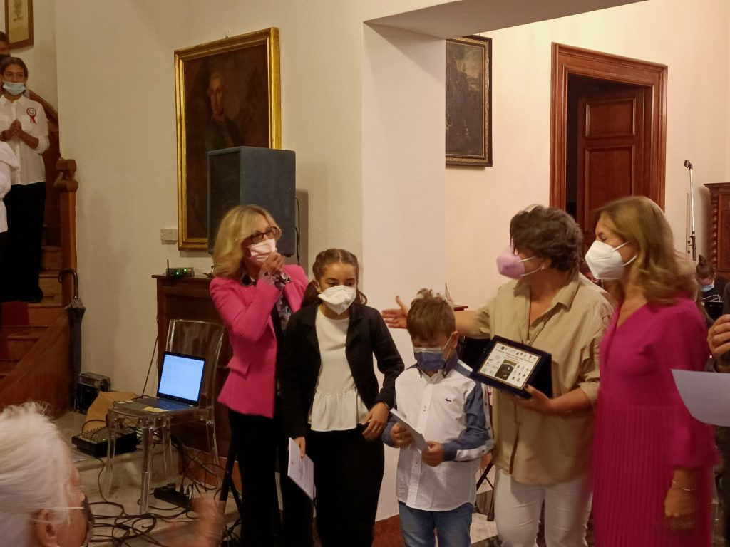 """Cerimonia """"Tricolore Vivo"""" premiata la scuola De Cosmi di Casteltermini"""