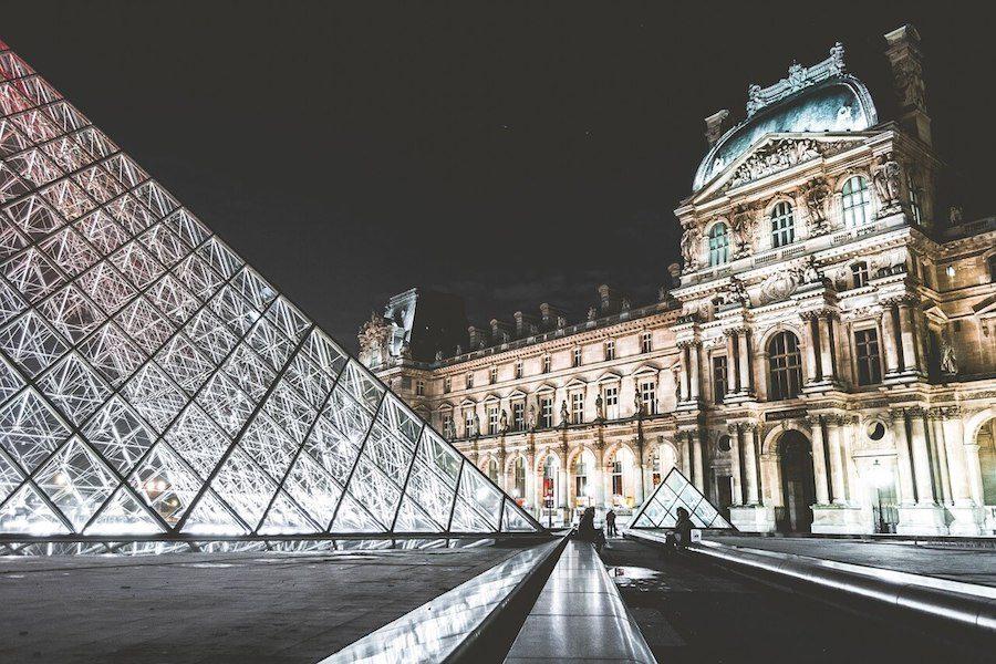 apertura serale dei musei a Parigi