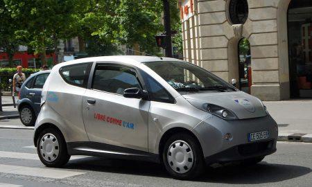 Autolib' a Parigi