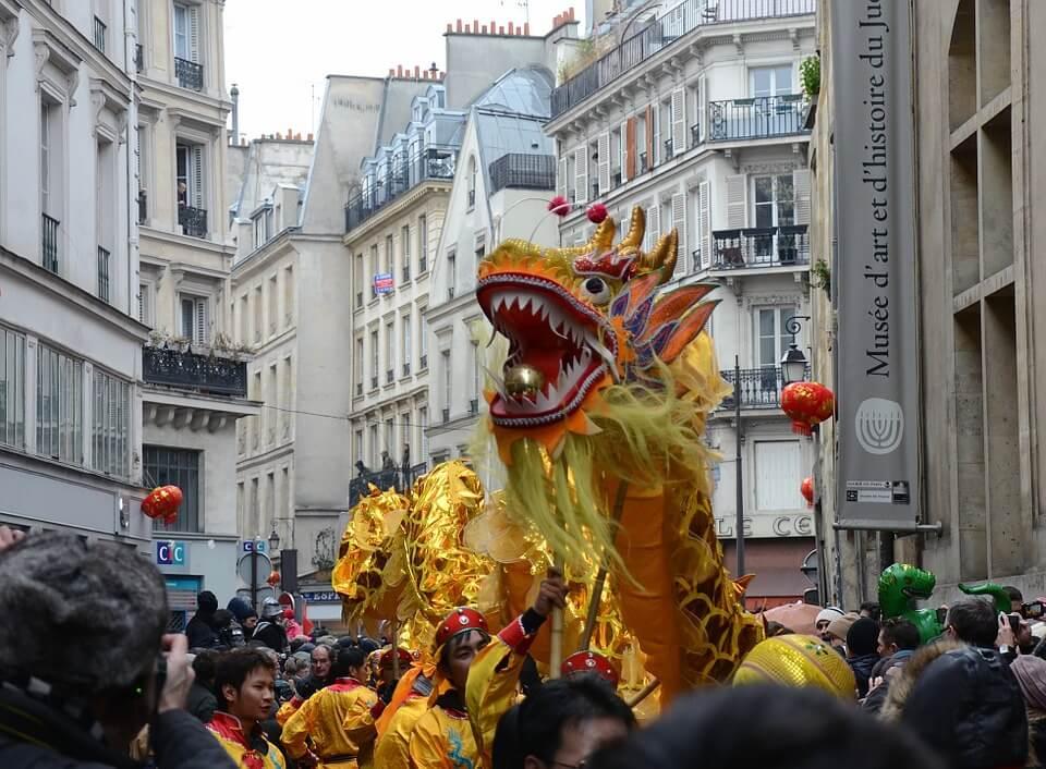 Parigi festeggia il capodanno cinese