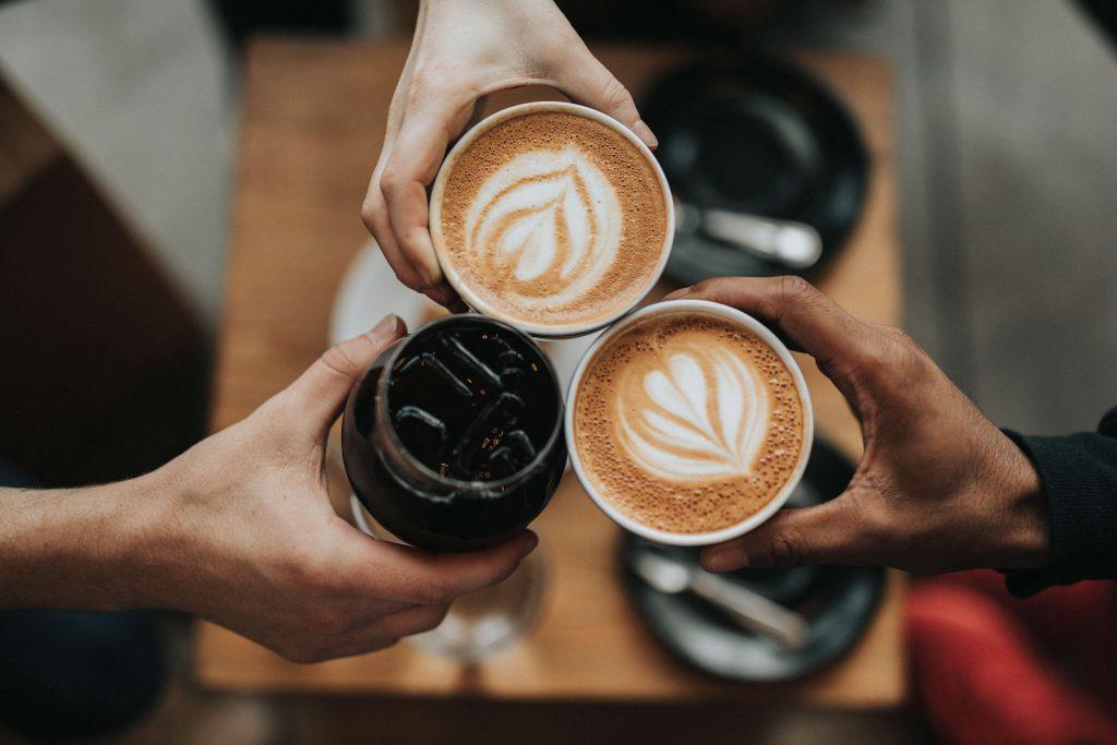 benvenuta primavera, vispi risvegli primaverili al caffé