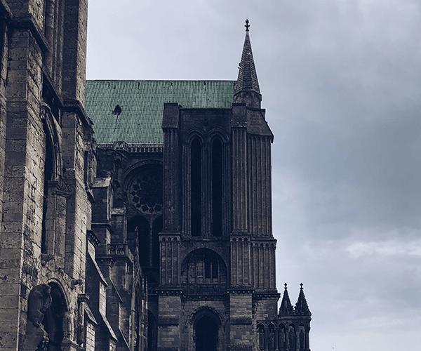 Fougères e Chartres