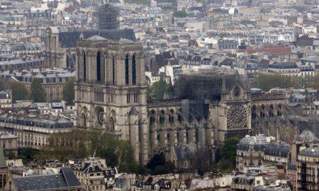 cattedrale notre dame - l'edificio da restaurare