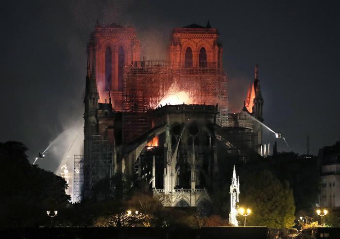 notre dame - la cattedrale
