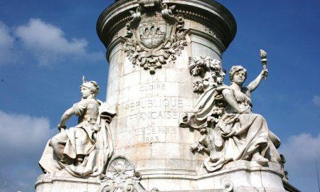 Festa della Vittoria - Statua della Repubblica a Parigi