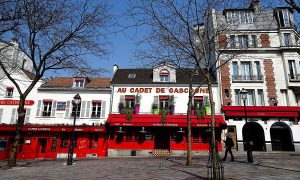 Lockdown In Francia Place Du Tertre Deserta
