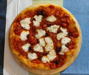 Pizza fatta in casa - Pizza Con datterino e nduja