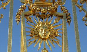 Bureau di Luigi XVI - cancello di Versailles