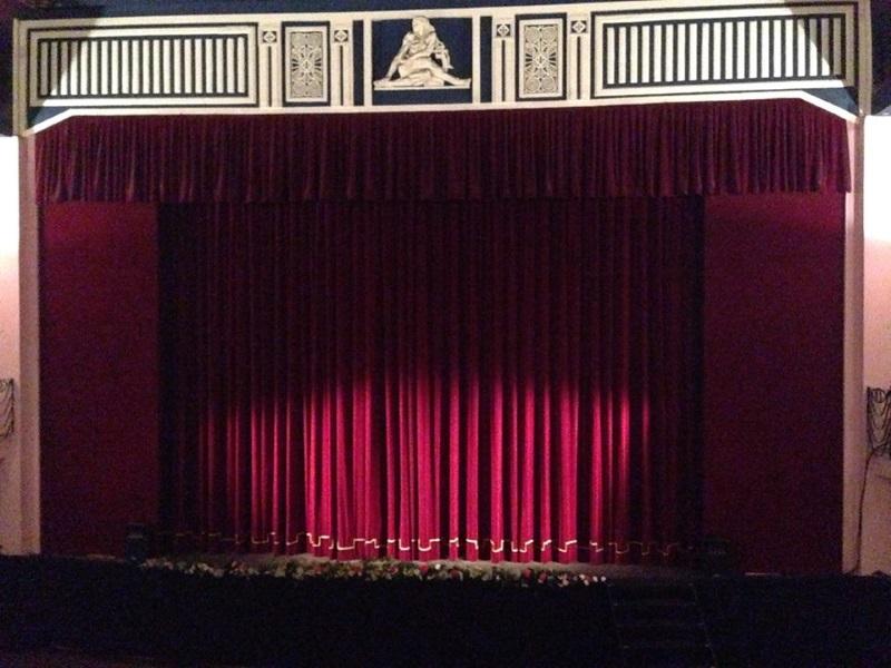 Teatro Politeama Siracusa, sipario