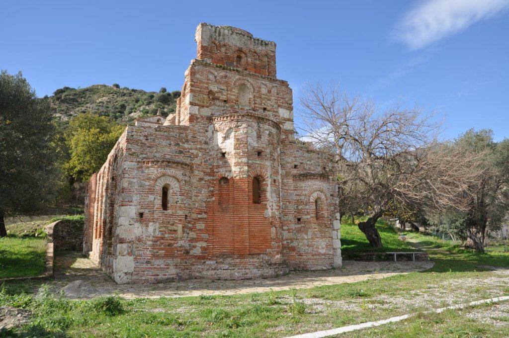 Santa Maria De Tridetti vista posteriore