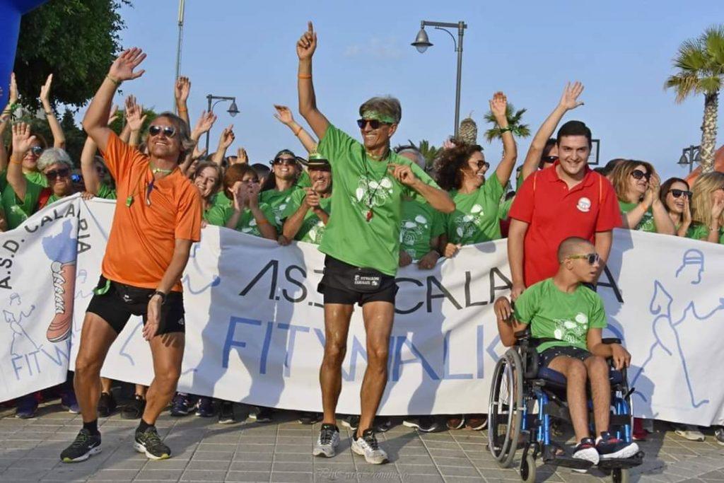 Gruppi sportivi partecipano alla gara