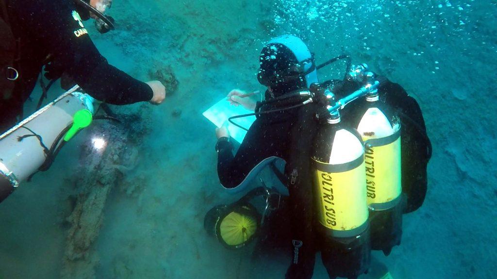 ricerca - Sub immersi nel mare dello stretto