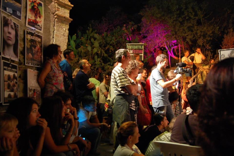 Pubblico Presente Al Pentedattilo film festival