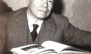 Corrado Alvaro Alla Scivania
