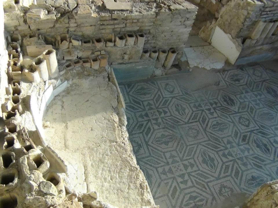 Villa Romana Di Casignana Il Calidarium