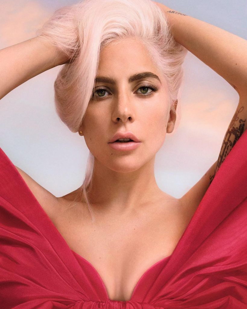 Lady Gaga Testimonial Di Voce Viva Il Profumo Al Bergamotto Di Valentino