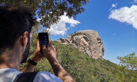Una Suggestiva Foto Di Un'escursione A Pietra Cappa 1