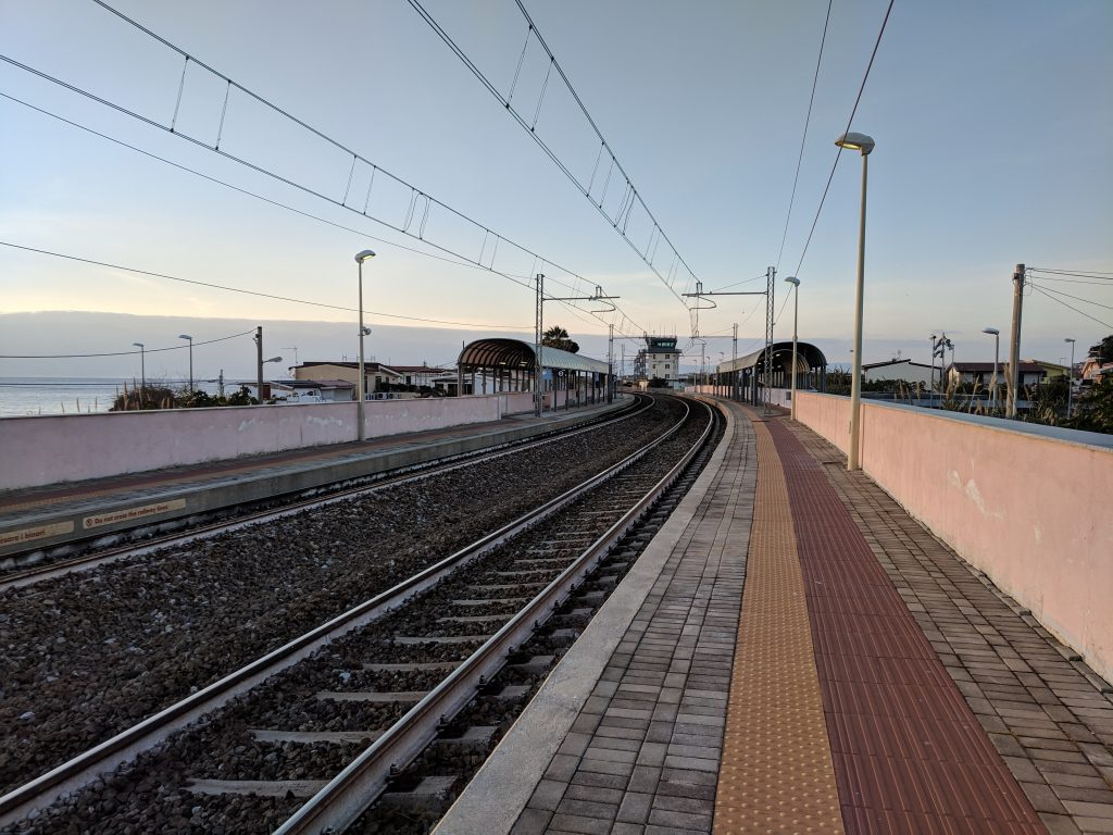Stazione Reggio Calabria treno pop