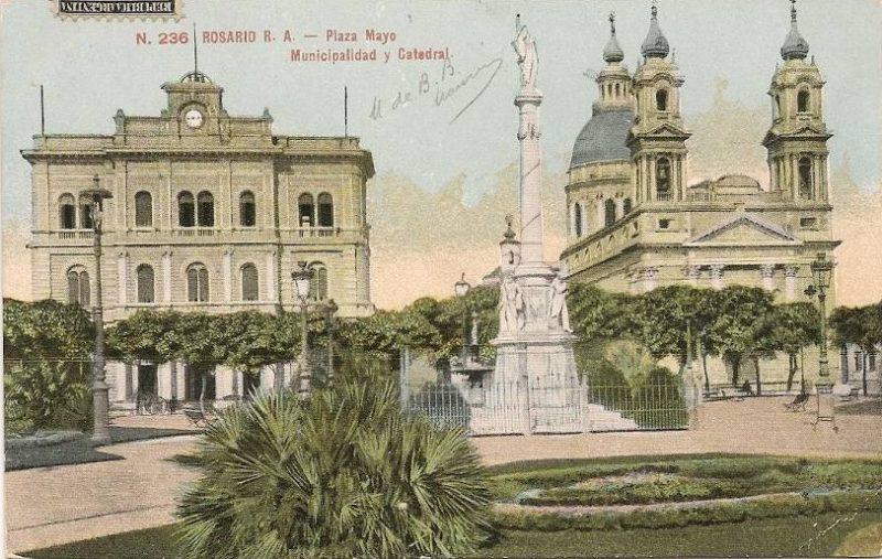 Plaza De Mayo De Rosario (postal Fumagalli 236)