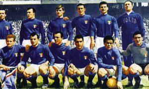 Fútbol italiano - La Azzurra Con Montuori En 1956