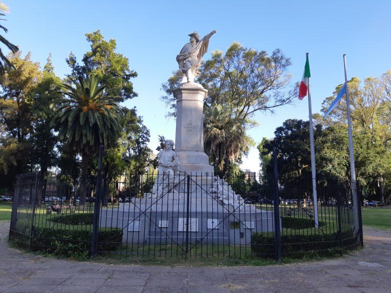 Monumento Garibaldi - Plaza