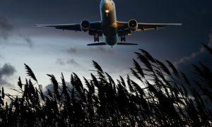 Viajar en época de Coronavirus - Avion Atardecer