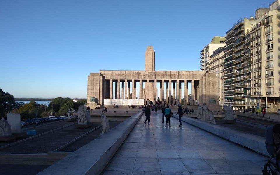 Monumento Y Lungomare