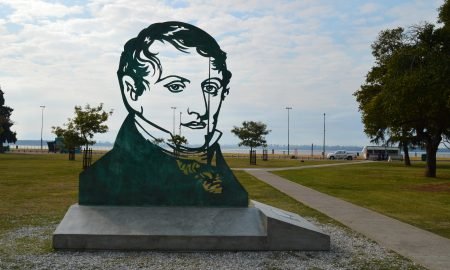 20 de junio - Escultura Manuel Belgrano