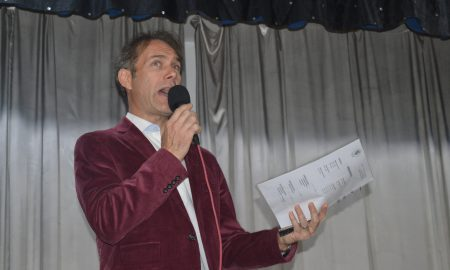 Gerardo Scarello - conduciendo evento
