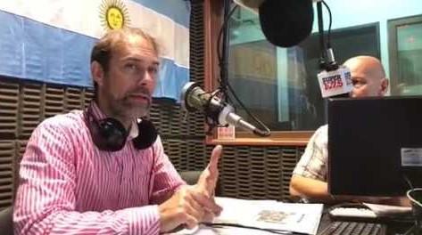Gerardo Scarcello - trabajando en la radio