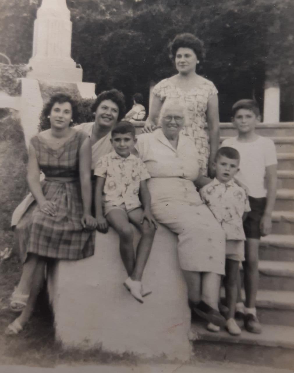 100 años - Juventud De Maria Lucia